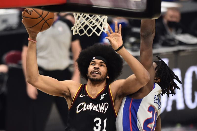 Cleveland Cavaliers center Jarrett Allen (31) drives to the basket against Detroit Pistons center Isaiah Stewart (28) during the first quarter at Rocket Mortgage FieldHouse.