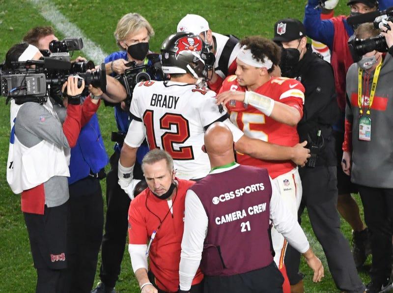 Bucs quarterback Tom Brady and Chiefs quarterback Patrick Mahomes.