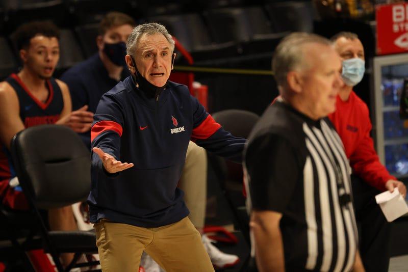 Duquesne head coach Keith Dambrot