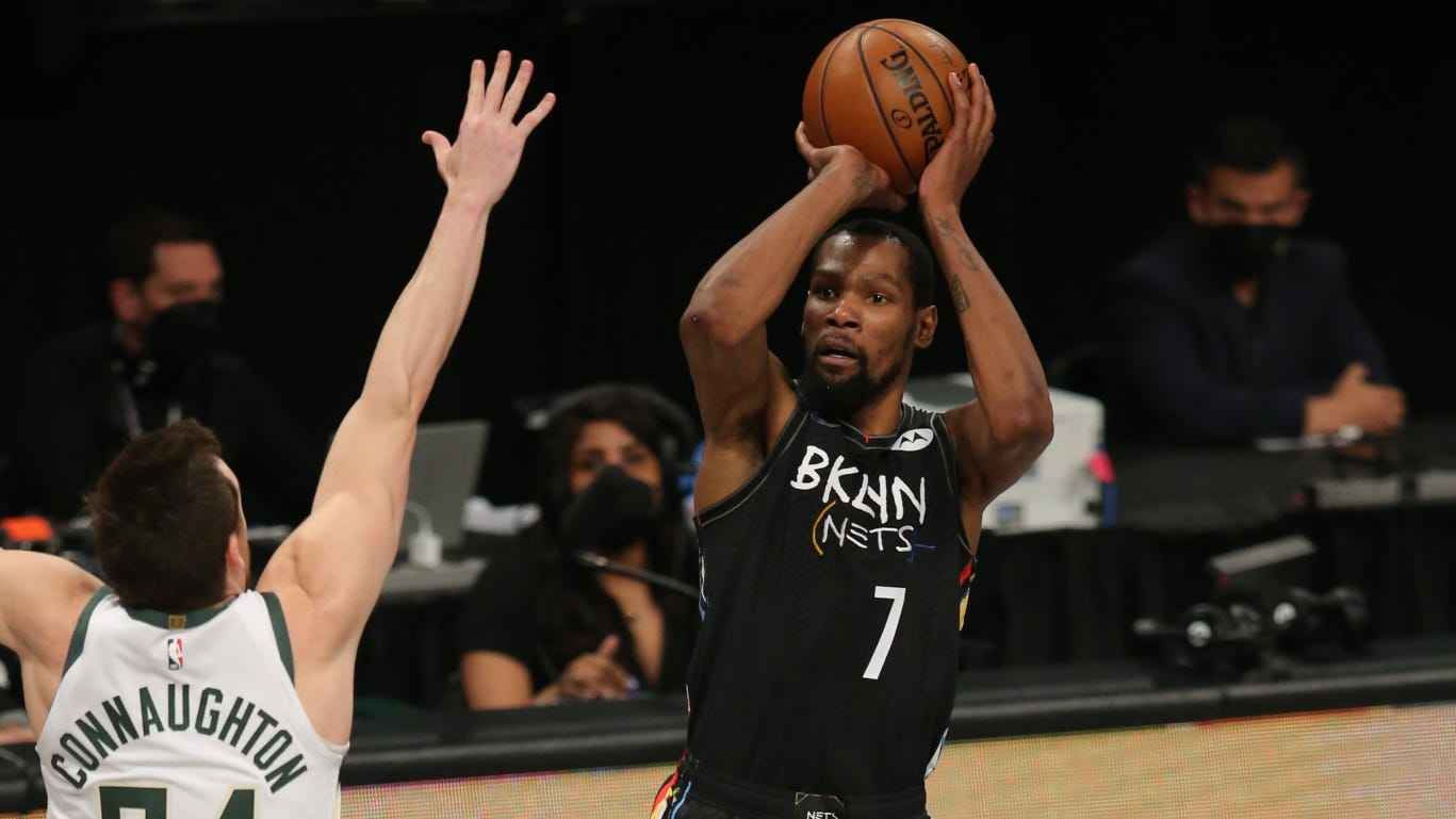 Twitter in awe after Kevin Durant plays every second of Game 5 in legendary performance