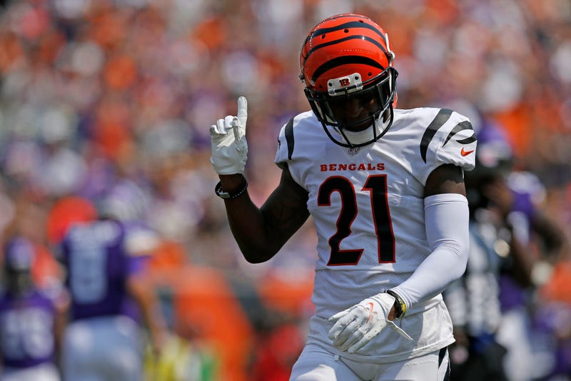 Mike Hilton with Bengals