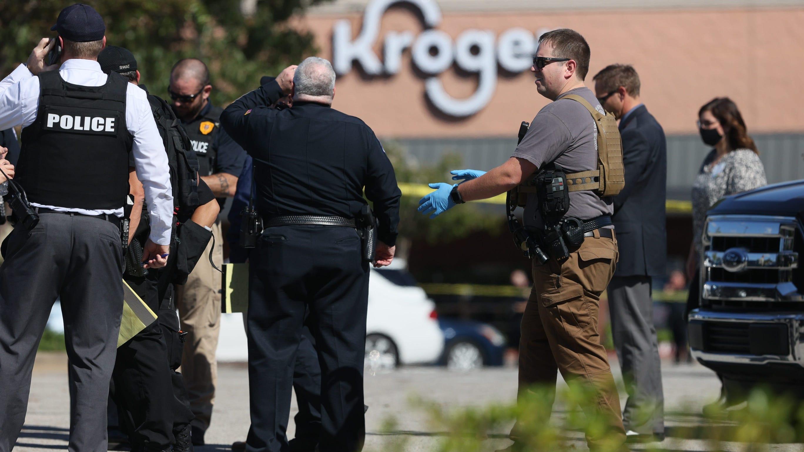 Kroger store gunman kills 1, shoots 13 others before killing himself