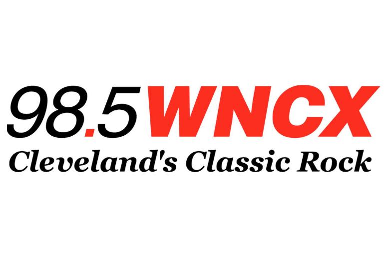 98.5 WNCX logo