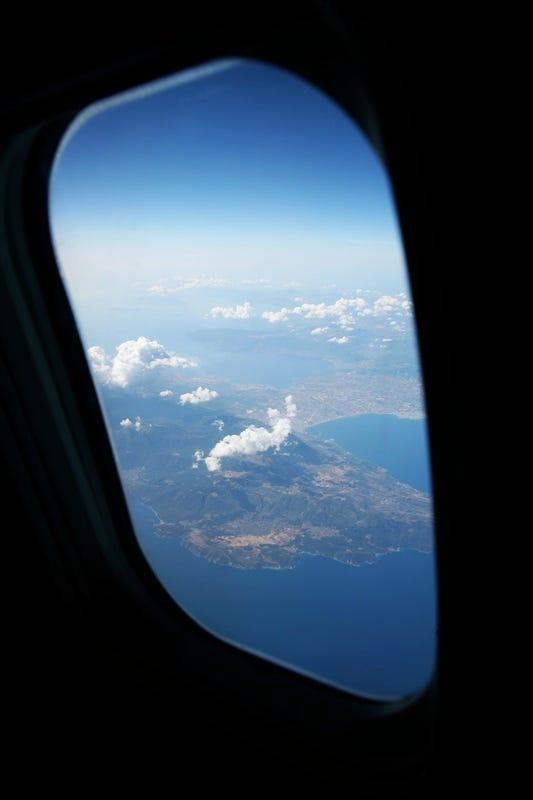 airplane_window