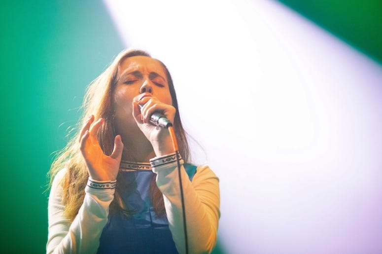 Alice Merton performs live in concert at the 93XRT Holiday Jam.