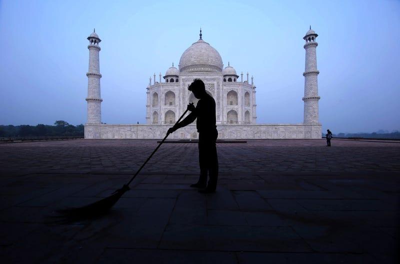 APTOPIX Virus Outbreak India Taj Mahal