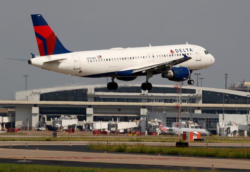 Earns Delta Air Lines