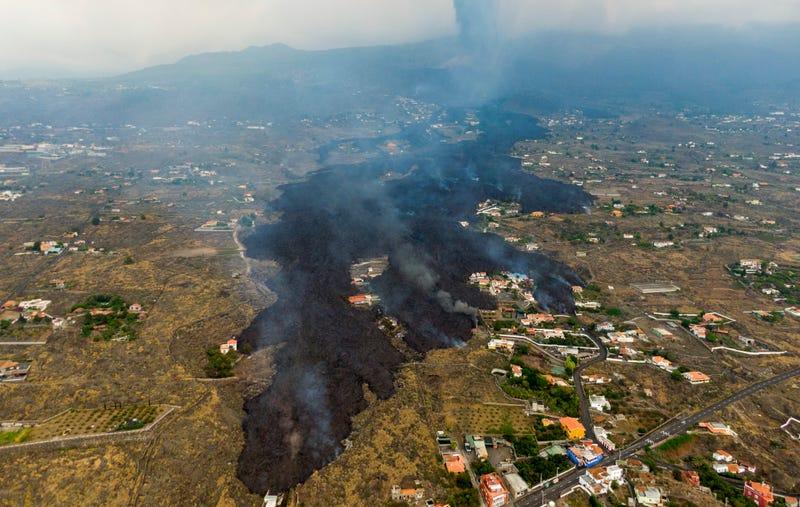 APTOPIX Spain Volcano