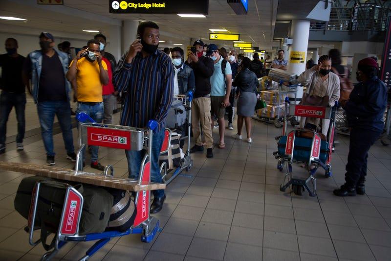Virus Outbreak-South Africa International Flights Resume