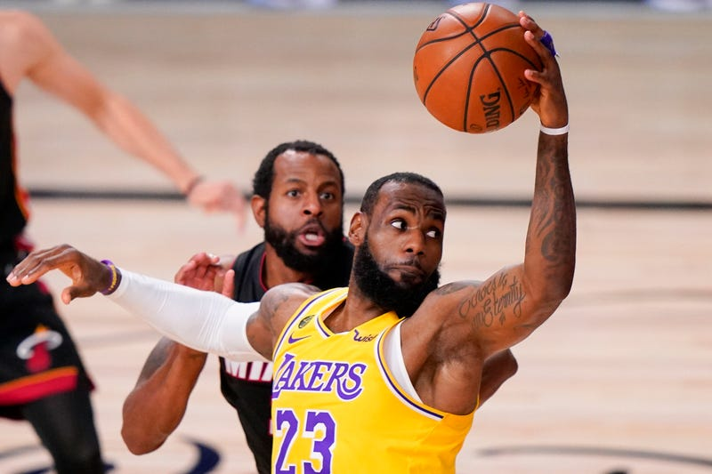 Lakers James Extension Basketball