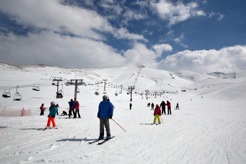 WHO Virus Skiing