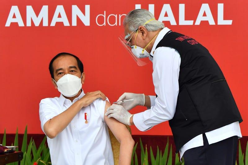 APTOPIX Virus Outbreak Indonesia
