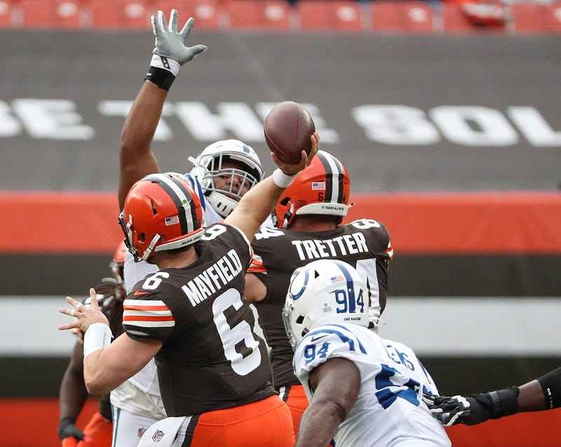 Cleveland Browns quarterback Baker Mayfield passes during the first quarter of the NFL week 5 game at First Energy Stadium in Cleveland, Ohio, on Sunday, Oct. 11, 2020.