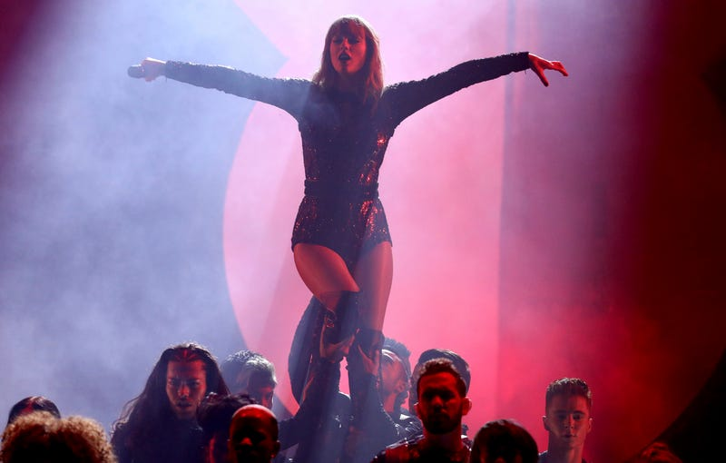 """Taylor Swift performs """"I Did Something Bad"""" at the American Music Awards on Tuesday, Oct. 9, 2018, at the Microsoft Theater in Los Angeles."""