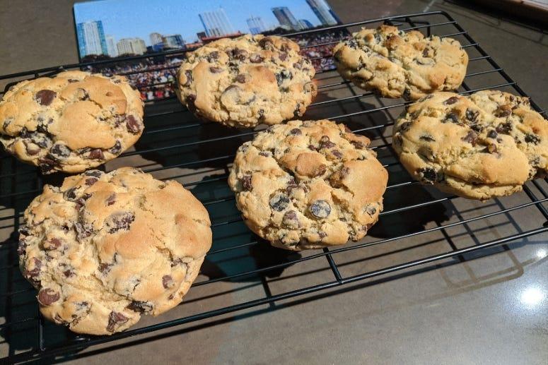 Big -ole Chocolate Chip Cookies