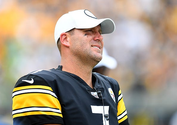 Ben Roethlisberger looks on from the Steelers sideline during a 2019 game.
