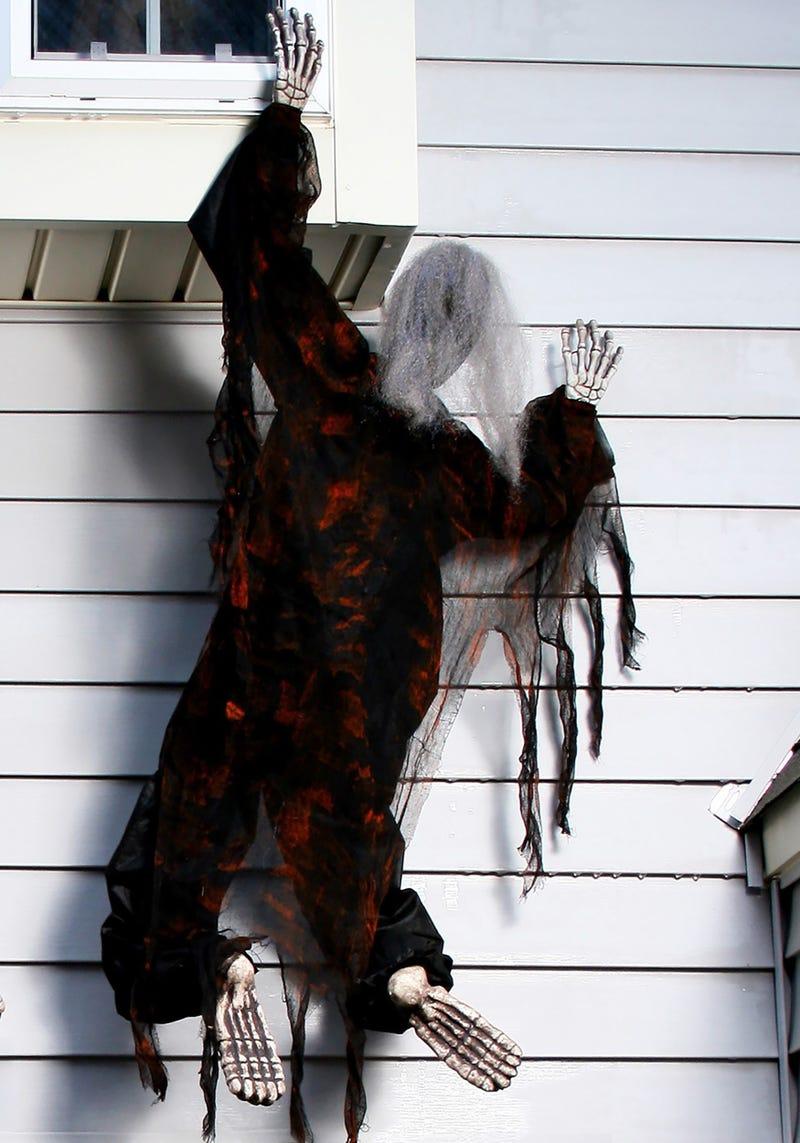 climbing zombie