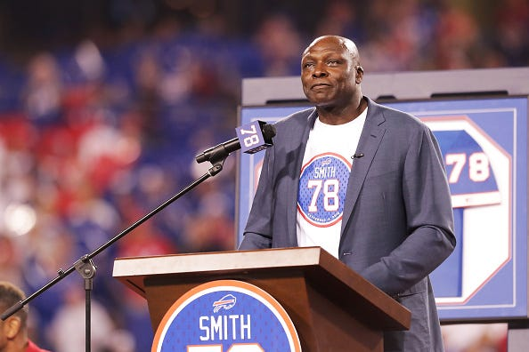 Bruce Smith is honored by the Buffalo Bills.