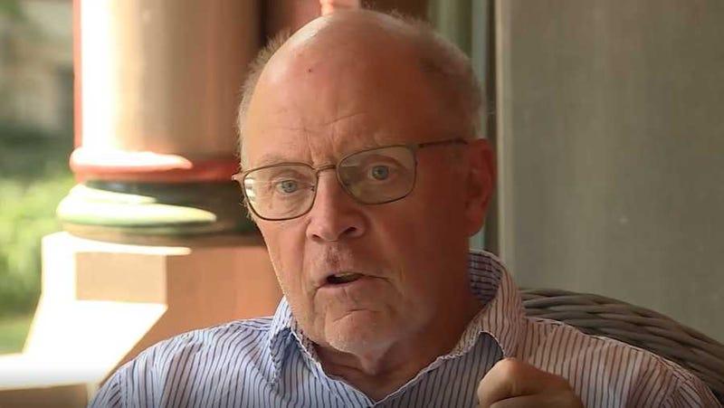KU political professor Burdett Loomis