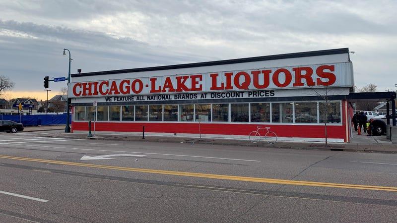 Chicago-Lake Liquors
