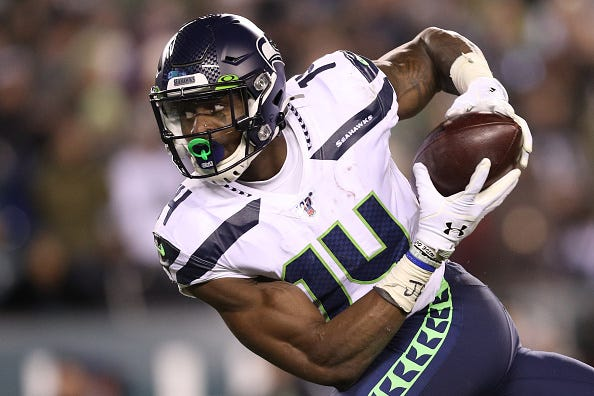 D.K. Metcalf hauls in a pass with the Seattle Seahawks.