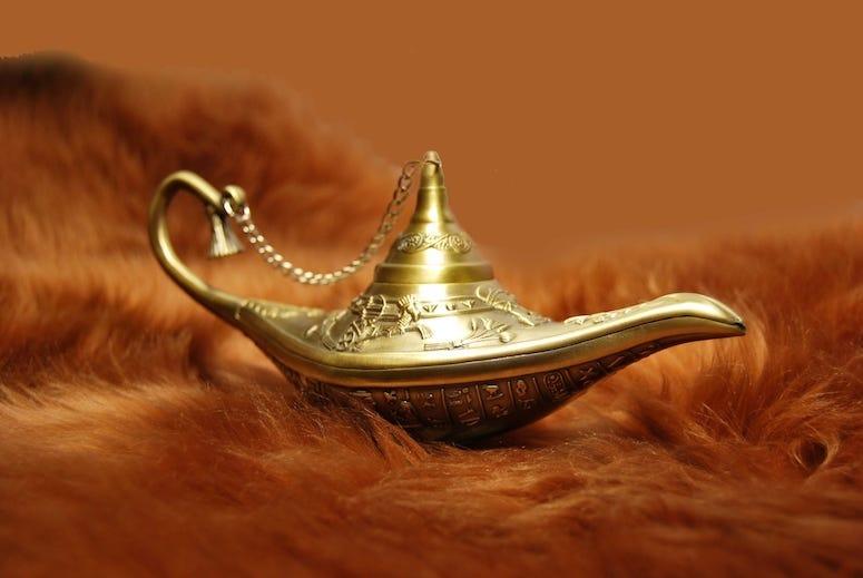 Aladdin Lamp, Brown Fur