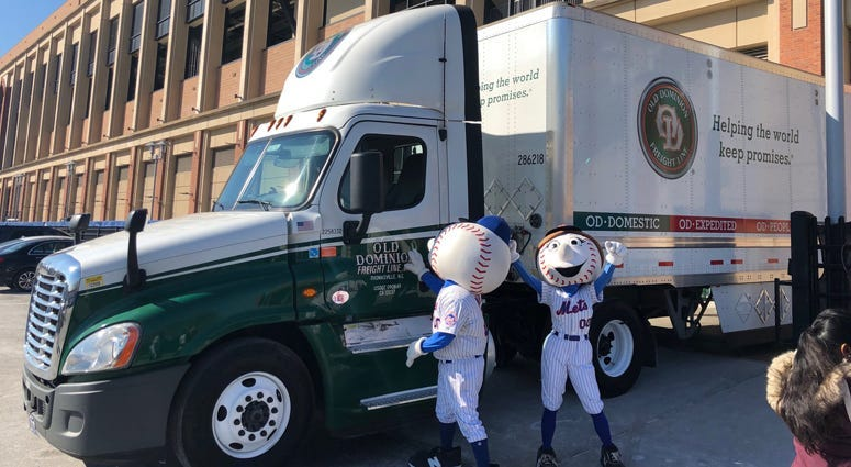 Mets spring training truck day