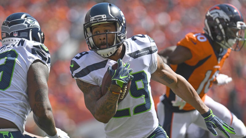 6a03210d Dallas Cowboys to Target Earl Thomas in NFL Free Agency