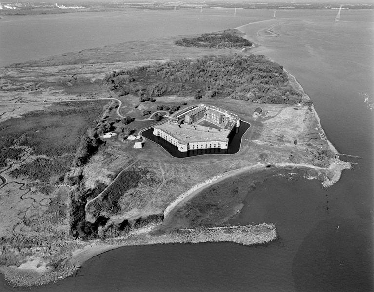 NORTHWEST OBLIQUE AERIAL VIEW OF FORT DELAWARE AND PEA PATCH ISLAND.