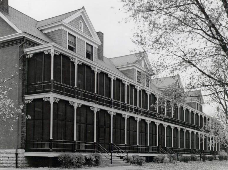 Otis Hall, Apt. 2C, Ft. Leavenworth, Kansa