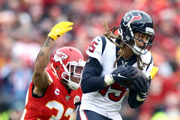 Texans WR Will Fuller V hauls in a catch against the Chiefs.