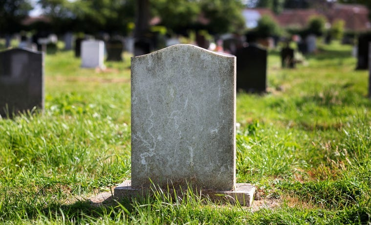 Cemetery / Tombstone / Grave