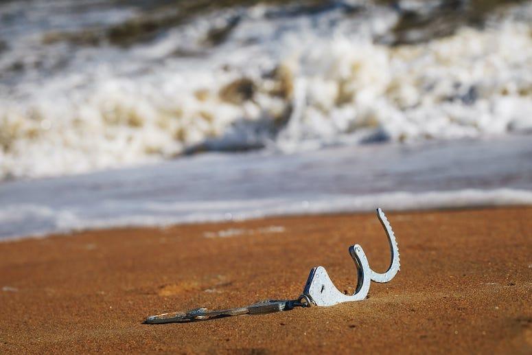Handcuffs, Beach, Water
