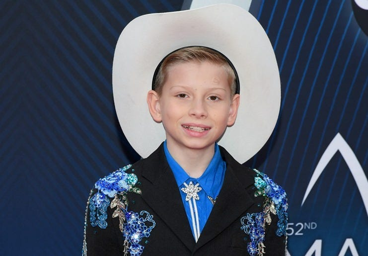 NASHVILLE, TN - NOVEMBER 14: (FOR EDITORIAL USE ONLY) Singer Mason Ramsey attends the 52nd annual CMA Awards at the Bridgestone Arena on November 14, 2018 in Nashville, Tennessee.