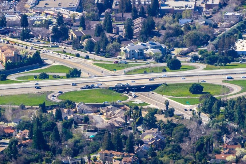 A view of a freeway passing through Fremont.