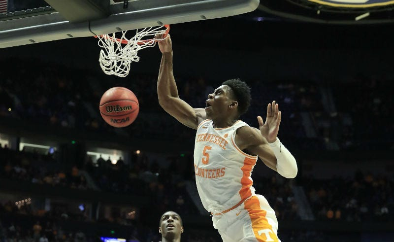 Washington Wizards aquire draft rights of Admiral Schofield from Sixers.