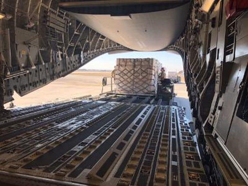 C-17 unloading supplies
