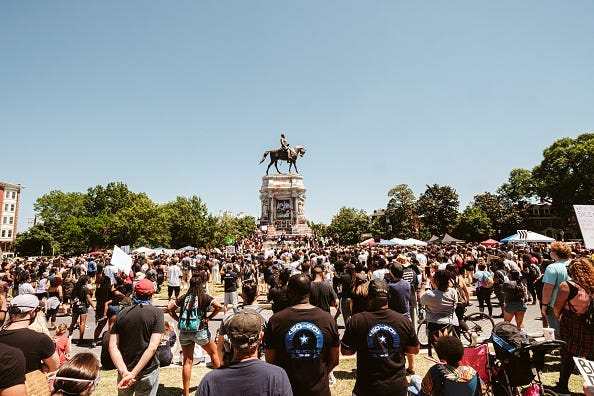 5,000 man march Lee statue