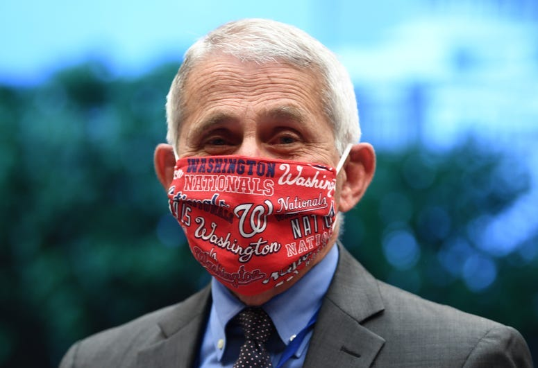 Fauci in Nationals mask