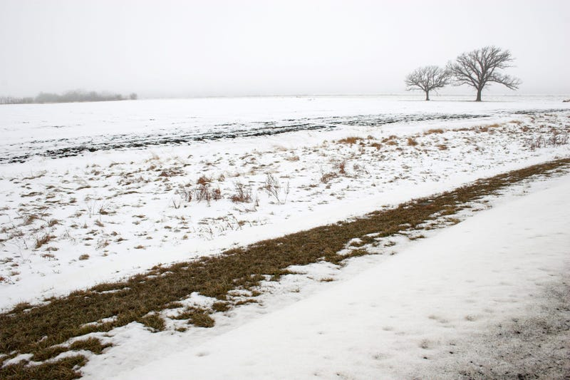 Storms bringing ice and snow to Kansas Friday