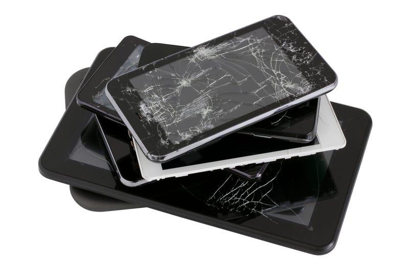 Broken Phones, E Waste