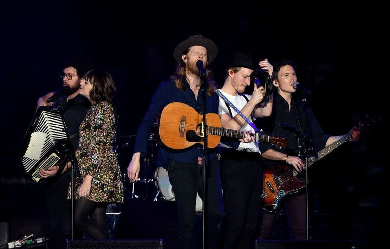 INGLEWOOD, CA - DECEMBER 10: (L-R) Stelth Ulvang, Neyla Pekarek, Wesley Schultz, Jeremiah Fraites, and Byron Isaacs of The Lumineers perform onstage during KROQ Almost Acoustic Christmas 2017 at The Forum on December 10, 2017 in Inglewood, California. (Ph