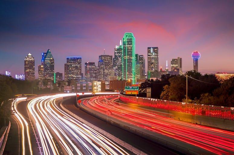 Dallas, Downtown, Skyline, Twilight, Traffic, Rush Hour, Cars, Blurry