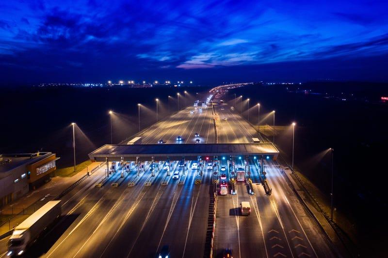 tolls-GettyImages-922547712.jpg