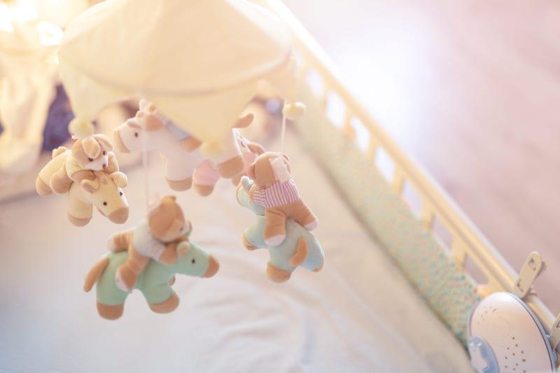 Baby crib 2