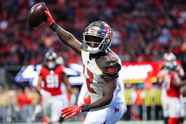 Chris Godwin celebrates a touchdown for the Bucs.