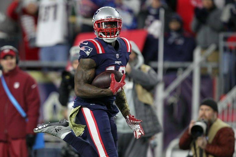 new arrival 3677e ba8e2 Josh Gordon of New England Patriots Faces Career-Threatening ...