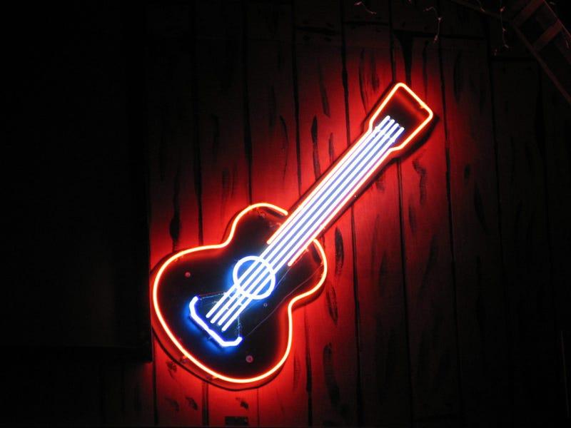 Honky Tonk Neon Guitar Sign