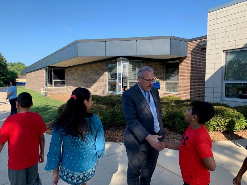 Elgin District U-46 welcomes students back to school