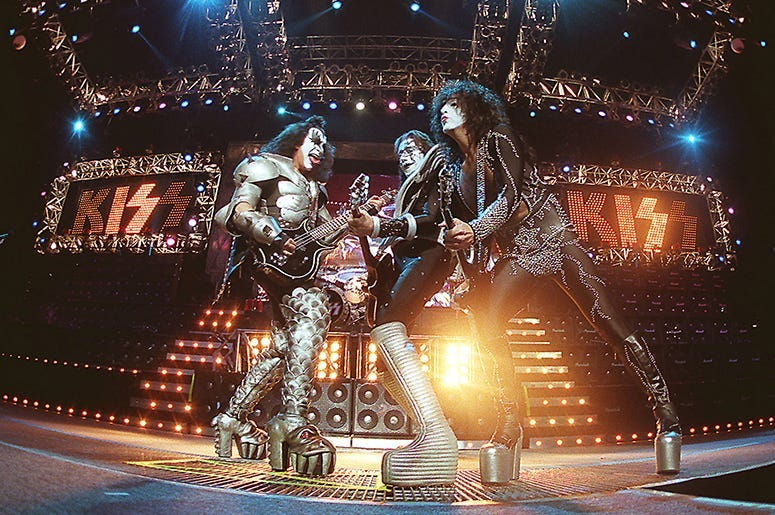 KISS, Gene Simmons, Classic Rock, Icons